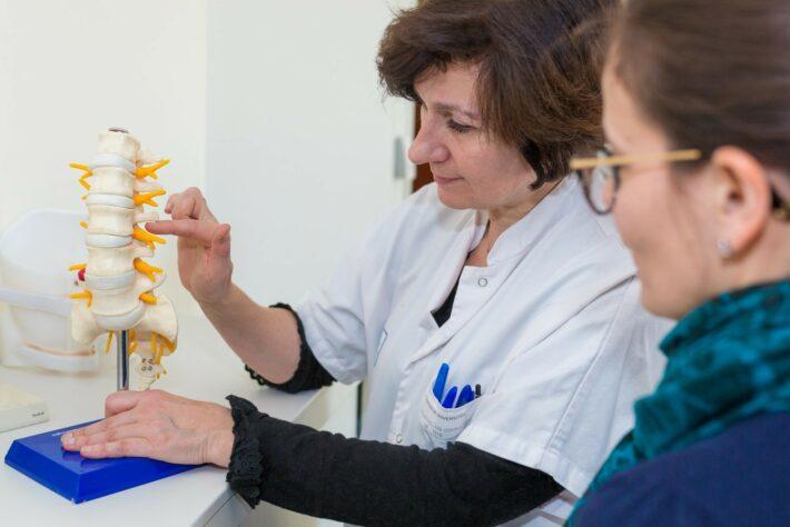 Rhumatologie Consultation Pathologies Vertebrales